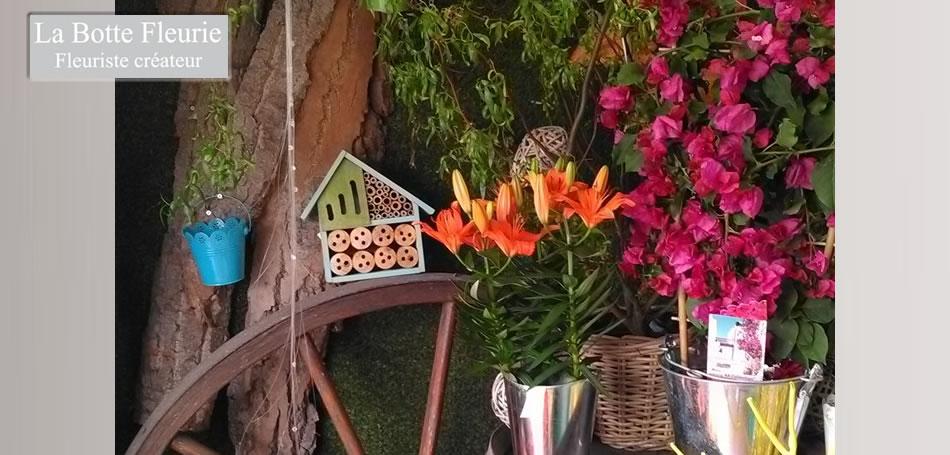La botte fleurie : composition florale - vitrine de juin